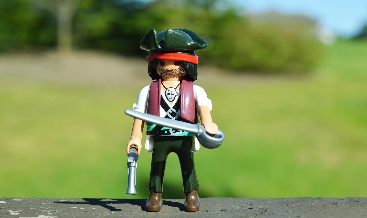 Пиратские игры в игорном бизнесе: опасность, выгода и перспективы